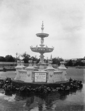 large-fountain-1887